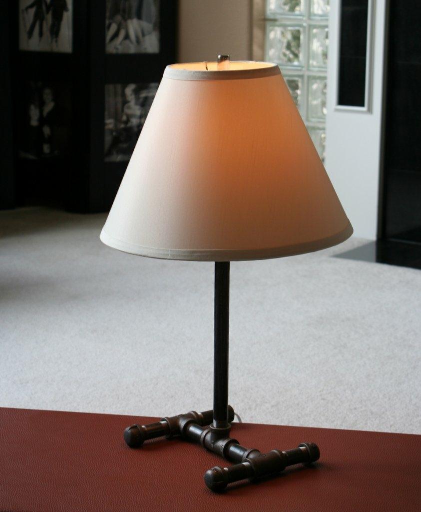 Diy pipe lamp brent logan for How to make a pipe lamp